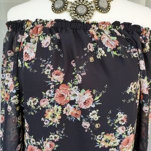 Pretty floral off shoulder dress by City Triangles